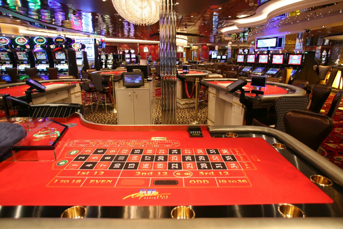 The 4 Best Casino Cruise Ships
