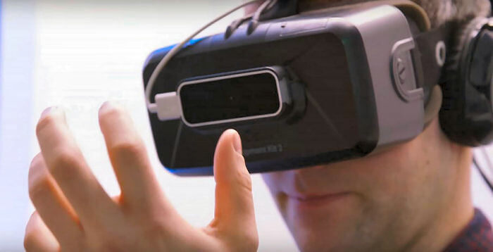 virtual reality roulette headset